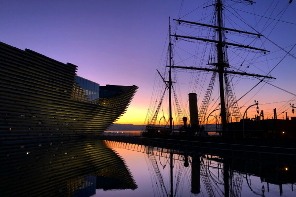 Sunrise at the Dundee V&A and Discovery Point