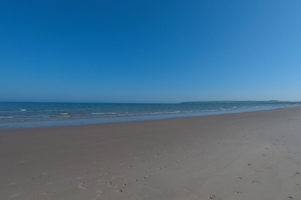 Lunan Bay beach in summer