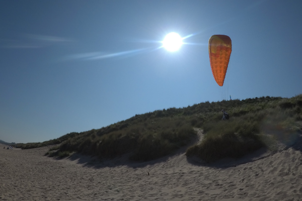Paragliding on Lunan Bay beach